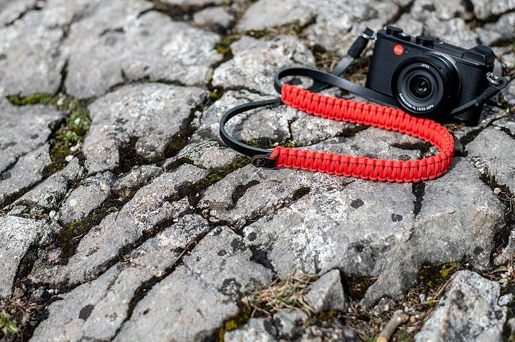 Bild 2 - COOPH Leica Paracord Strap Red, 126cm