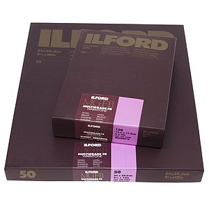 ILFORD Multigrade FB Warmtone 1K - Naturglanz (Baryt) - 24x30 / 50 Blatt - Gradation: variabel