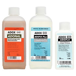 Bundle out of ADOX Rodinal 500 ml Concentrate + ADOX ADOFIX Plus Fixer 500 ml Concentrate + ADOX ADOFLO 250 ml Concentrate